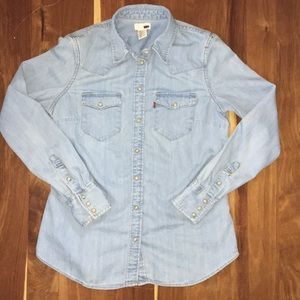 Levi's denim shirt with pearl look button detail
